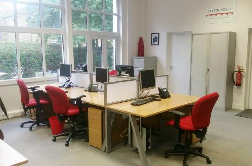 Up to 5 fixed desks in bright office in Borough