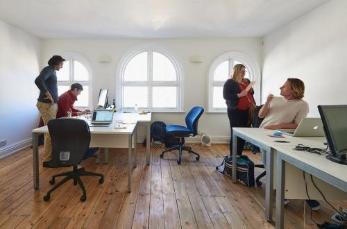 The Hub on Oxford Street - Serviced private offices, with a private landlord. High speed internet and 24/7 access.