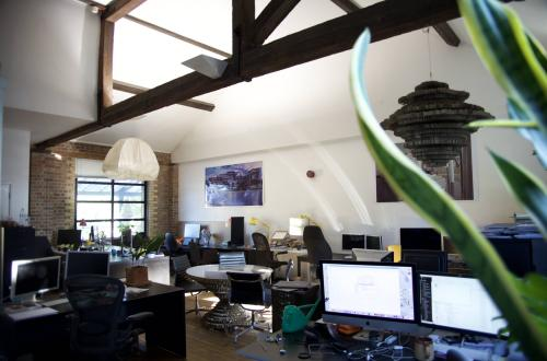 Office to share. 6 to 7 desks spaces available in Kentish Town, 5 Mins to Tube, sun terrace