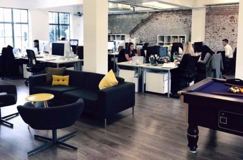From £550, 1 - 8 desks - Creative/Media style desk space in Soho, London - private (no agents)