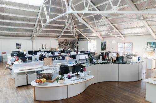 Desk spaces in interesting office, two minutes from Clapham Common tube
