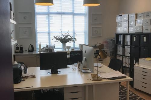 Fantastic studio office desk in Parsons Green