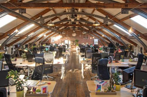 Breathtaking Loft Work Space. Boost your productivity and well being in our friendly shared office.